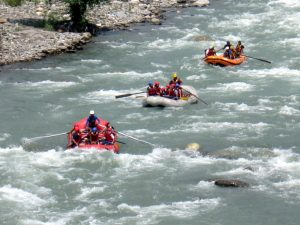 Rafting in Kullu Manali